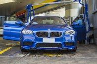 blaues Auto, BMW